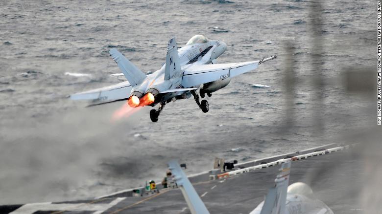 Cận cảnh tàu sân bay Mỹ tập trận gần bán đảo Triều Tiên - ảnh 3