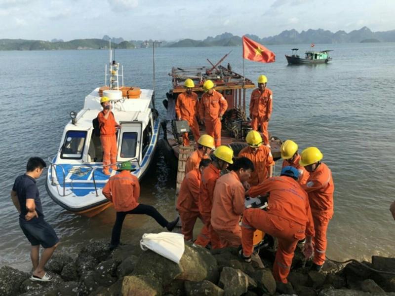 Huyện đảo Cô Tô vẫn chưa có điện trở lại sau sự cố sét đánh - ảnh 1