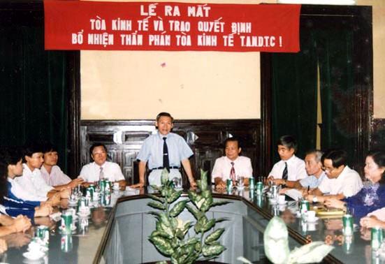 Chánh án Phạm Hưng và sáu dấu ấn lớn - ảnh 1