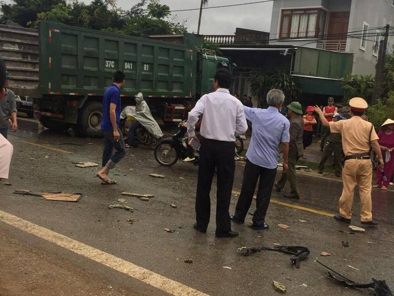 Cận cảnh tai nạn thương tâm làm 6 người tử vong - ảnh 2