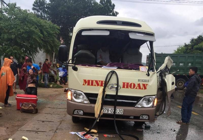 Tài xế xe tải gây tai nạn làm 3 người chết lãnh án - ảnh 1