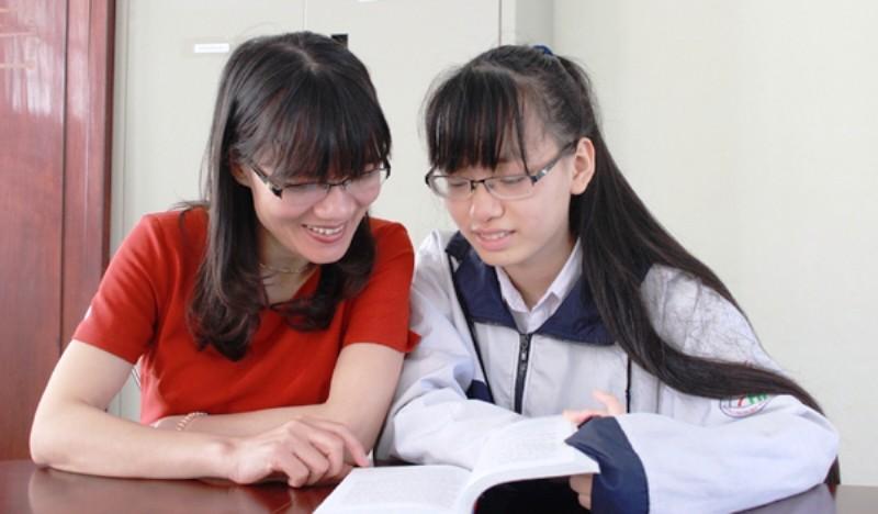 2 nữ sinh Hà Tĩnh giành học bổng ở Mỹ trị giá hơn 11 tỉ - ảnh 1
