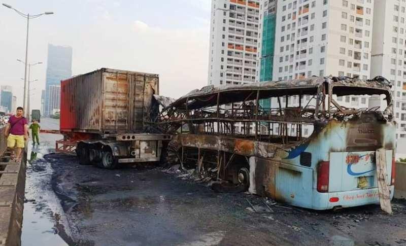 Thương tâm thai phụ tử vong trong vụ cháy xe - ảnh 2