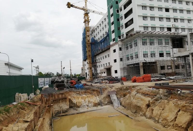 Vụ cắt đường xây bệnh viện cổ phần: Kiến nghị mở lại đường  - ảnh 3