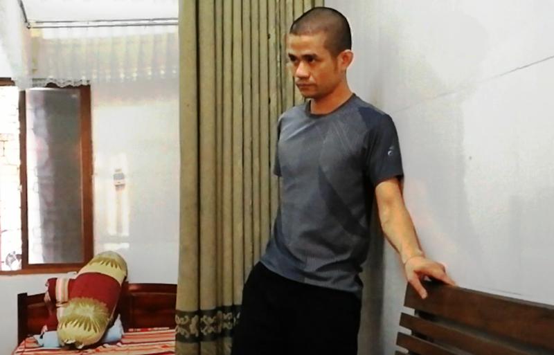 'Thưởng nóng' vụ bắt người ôm lựu đạn cố thủ 14 giờ  - ảnh 2
