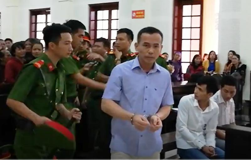 Bị cáo Nguyễn Hữu Ngạn.