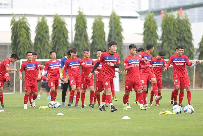 Màn chào sân của HLV Park Hang-seo trên tuyển Việt Nam - ảnh 1