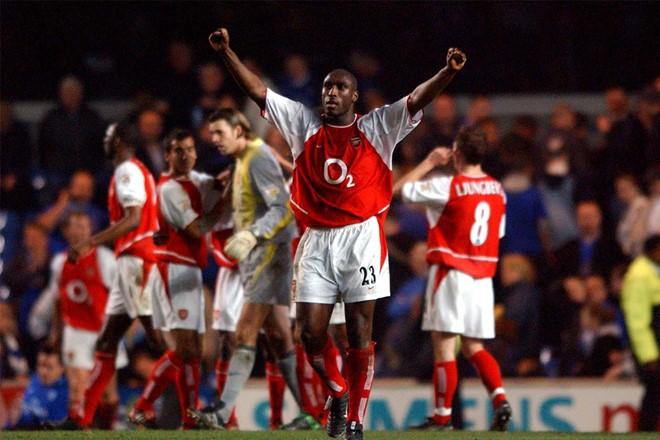Arsenal và huyền thoại Sol Campbell trở lại Việt Nam - ảnh 1