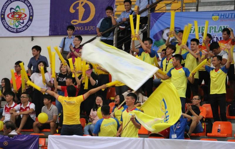 Đại học HUTECH vô địch giải Futsal sinh viên TP.HCM - ảnh 2