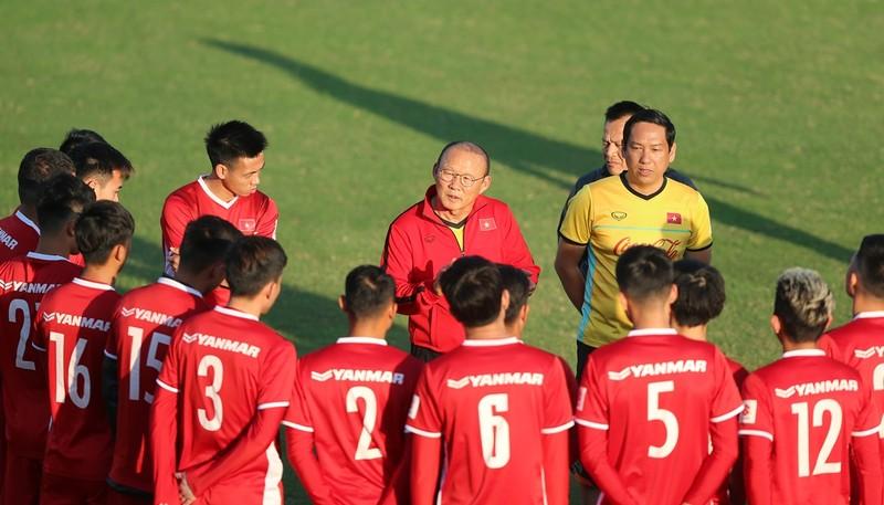 Bóng đá Việt Nam nổi dậy ở AFF Cup 2018 - ảnh 3