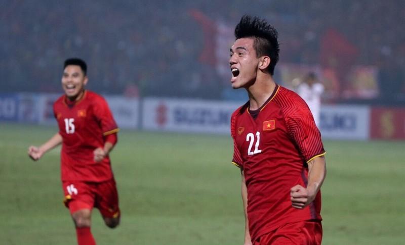 Hình ảnh: Thắng Campuchia 3-0,  Việt Nam vào bán kết AFF Cup với ngôi đầu bảng A số 1