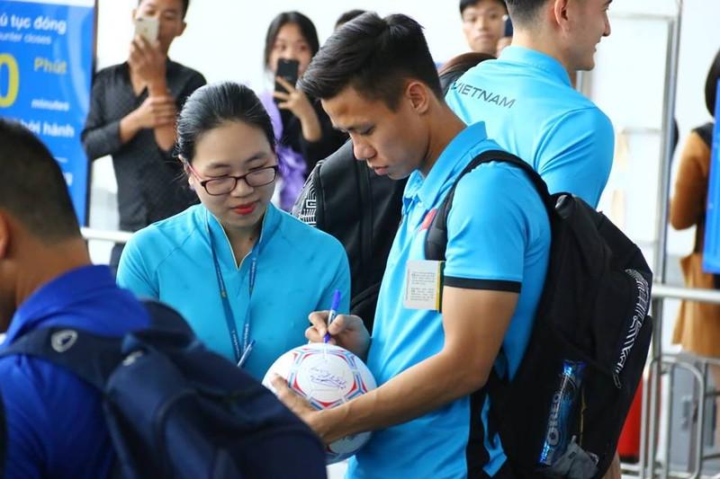 Đội tuyển Việt Nam bay gấp sang Malaysia quyết chiến chung kết - ảnh 6