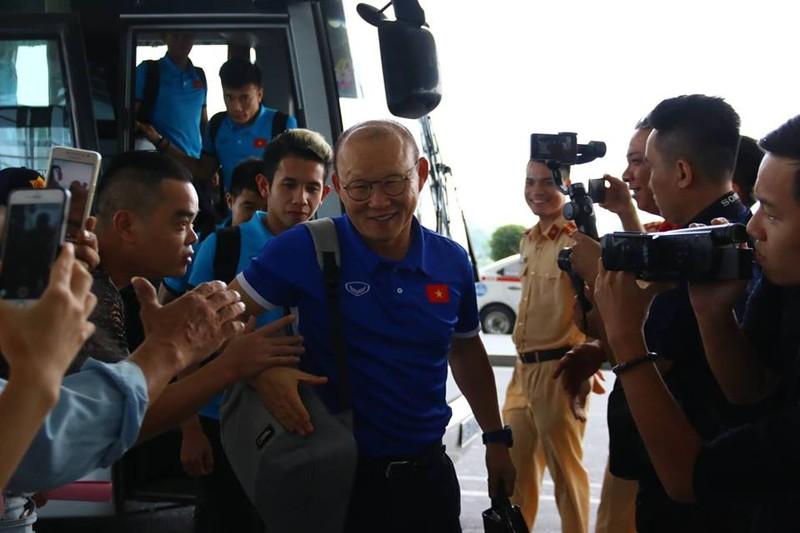 Đội tuyển Việt Nam bay gấp sang Malaysia quyết chiến chung kết - ảnh 7