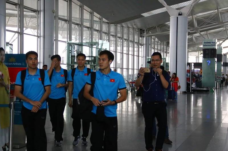 Đội tuyển Việt Nam bay gấp sang Malaysia quyết chiến chung kết - ảnh 2