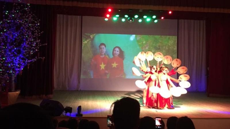 Xuân quê hương yêu thương - Tết Việt đầu tiên ở Nga - ảnh 5