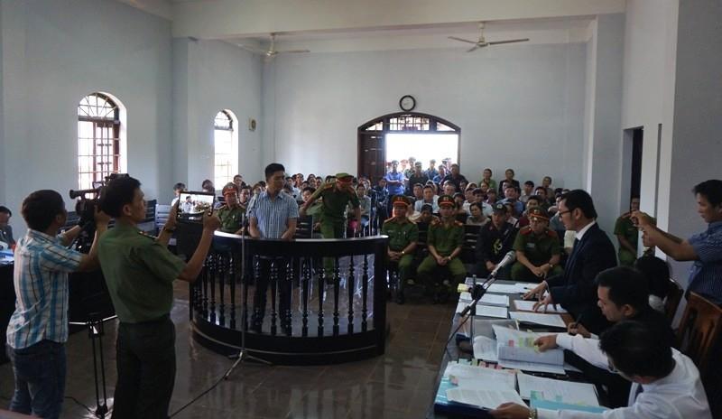 Ra tòa, cựu trinh sát tố Trần Minh Lợi lấy 220 triệu - ảnh 5
