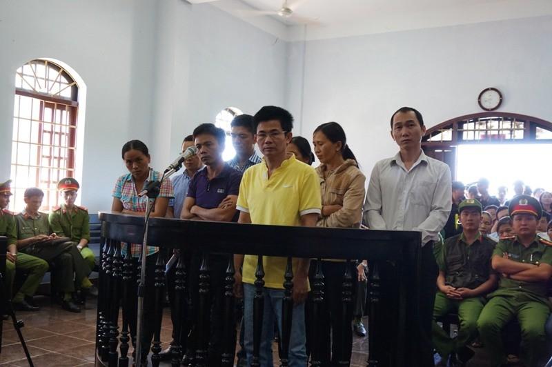 Ra tòa, cựu trinh sát tố Trần Minh Lợi lấy 220 triệu - ảnh 6