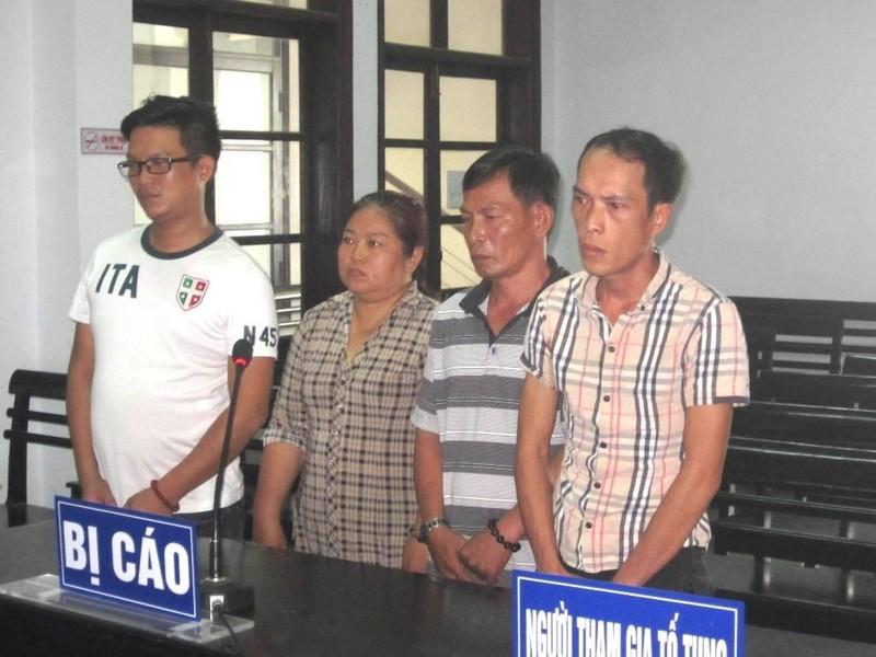 Hai vợ chồng bị tù vì 'coi' trộm… vét sạch nhà hàng xóm - ảnh 1