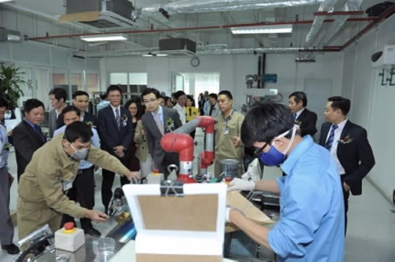 Việt Nam lần đầu tiên sản xuất thành công mực in tiền - ảnh 1