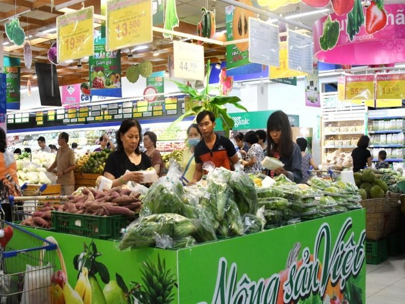 Co.opmart bù lỗ để giảm giá nông sản mùa mưa   - ảnh 1