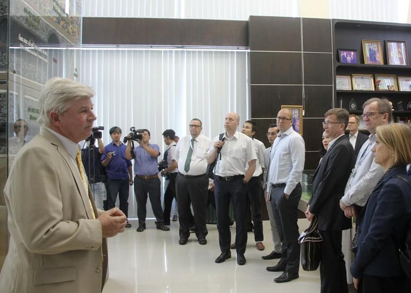 Thứ trưởng Kinh tế và Lao động Phần Lan thăm Đa Phước - ảnh 3