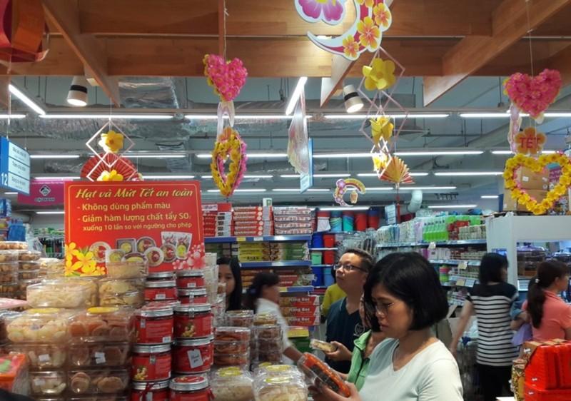 Co.opmart: Siết quản lý thực phẩm mùa Tết - ảnh 1