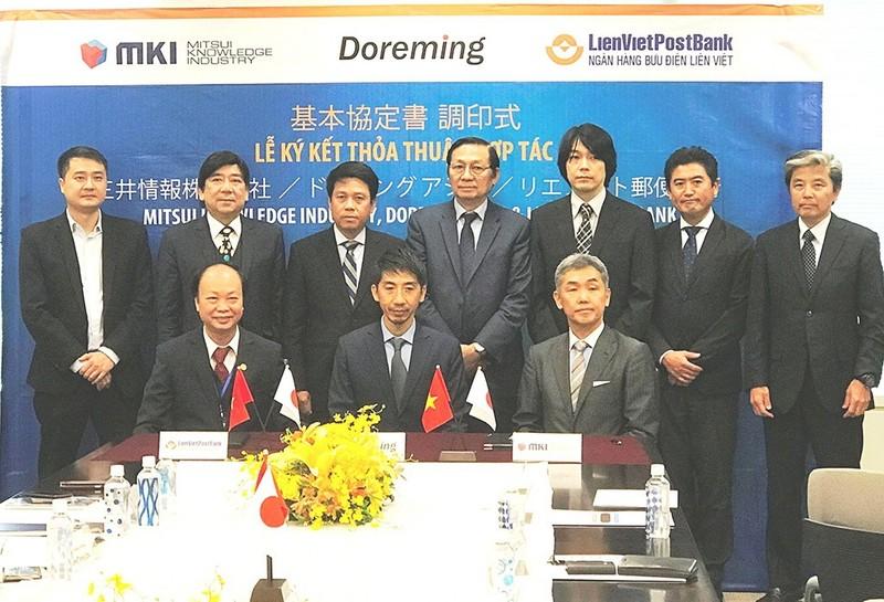 LienVietPostBank ký hợp tác với nhiều đối tác Nhật Bản - ảnh 1