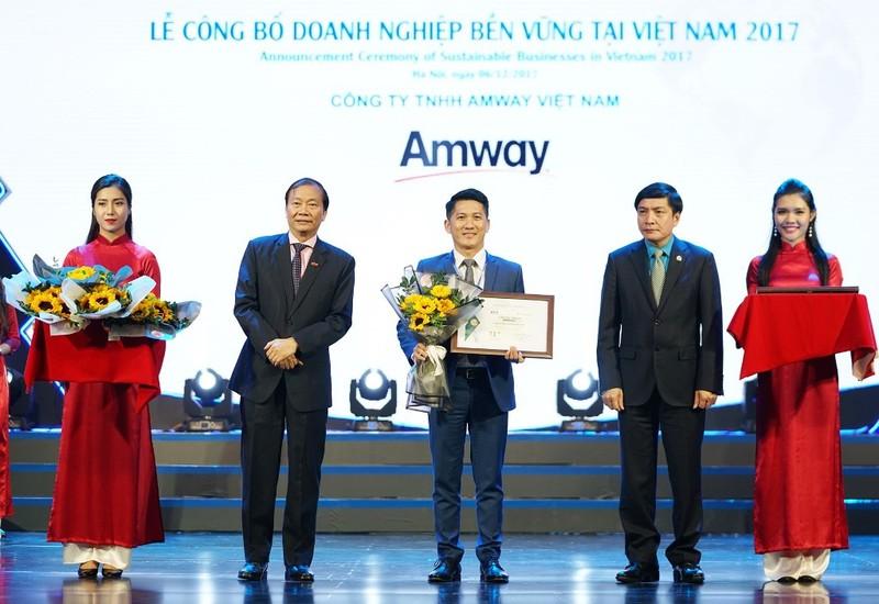 Amway Việt Nam: Một năm lại thêm một hành trình yêu thương - ảnh 1