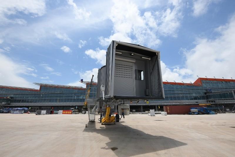 Cảng hàng không Vân Đồn: Thành công chuyến bay đầu tiên - ảnh 7