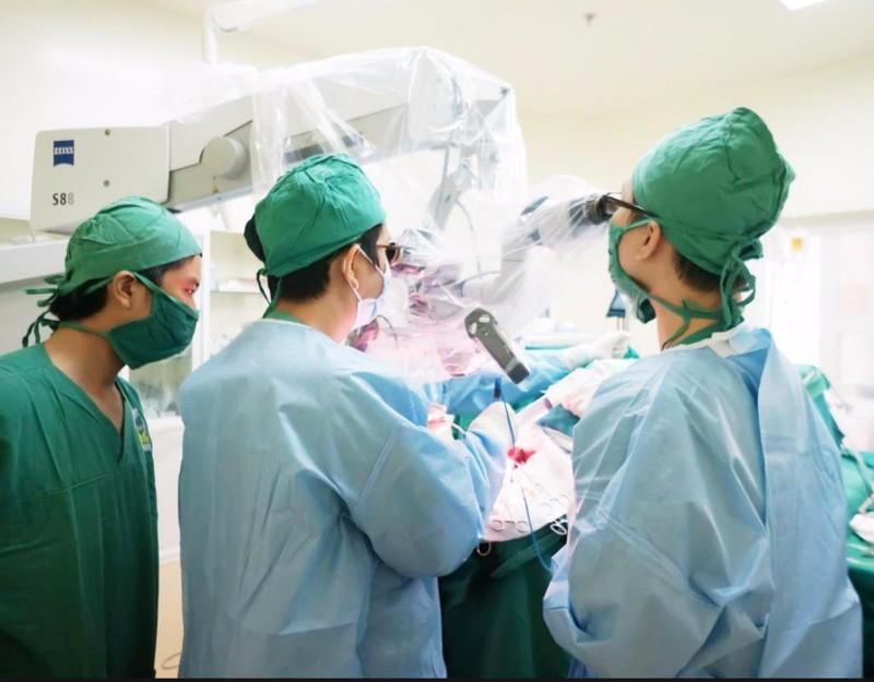 phẫu thuật khối u