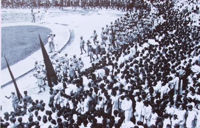 Triển lãm 80 bức ảnh và tư liệu quý tại phố đi bộ Nguyễn Huệ - ảnh 6