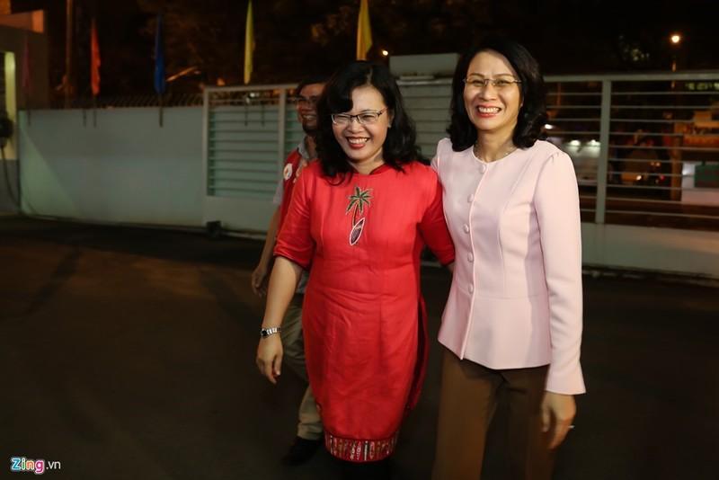TP.HCM chào đón công dân nhí đầu tiên của năm Đinh Dậu - ảnh 1