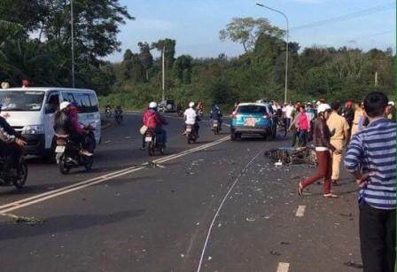 Ô tô tông trực diện xe máy, 1 người tử vong - ảnh 1
