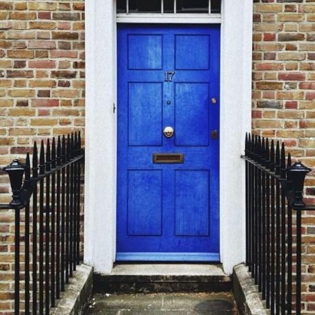 Những màu sắc tối kỵ cho cửa chính không thể không biết - ảnh 2