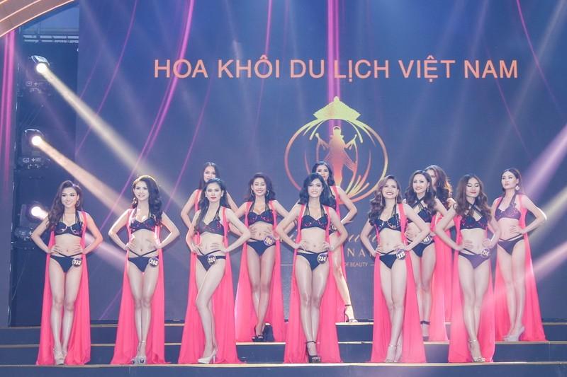 Khánh Ngân đăng quang 'Hoa khôi Du lịch Việt Nam 2017' - ảnh 4