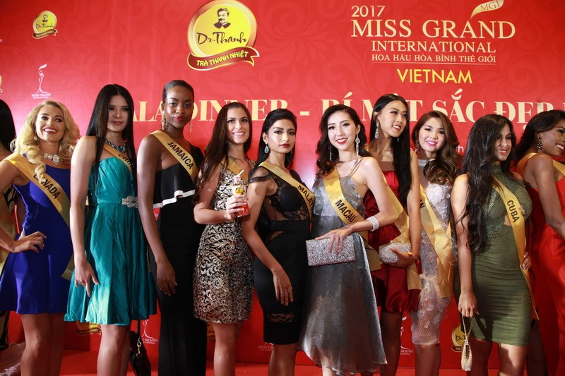Mãn nhãn với 80 hoa hậu thế giới khoe sắc tại TP.HCM - ảnh 5