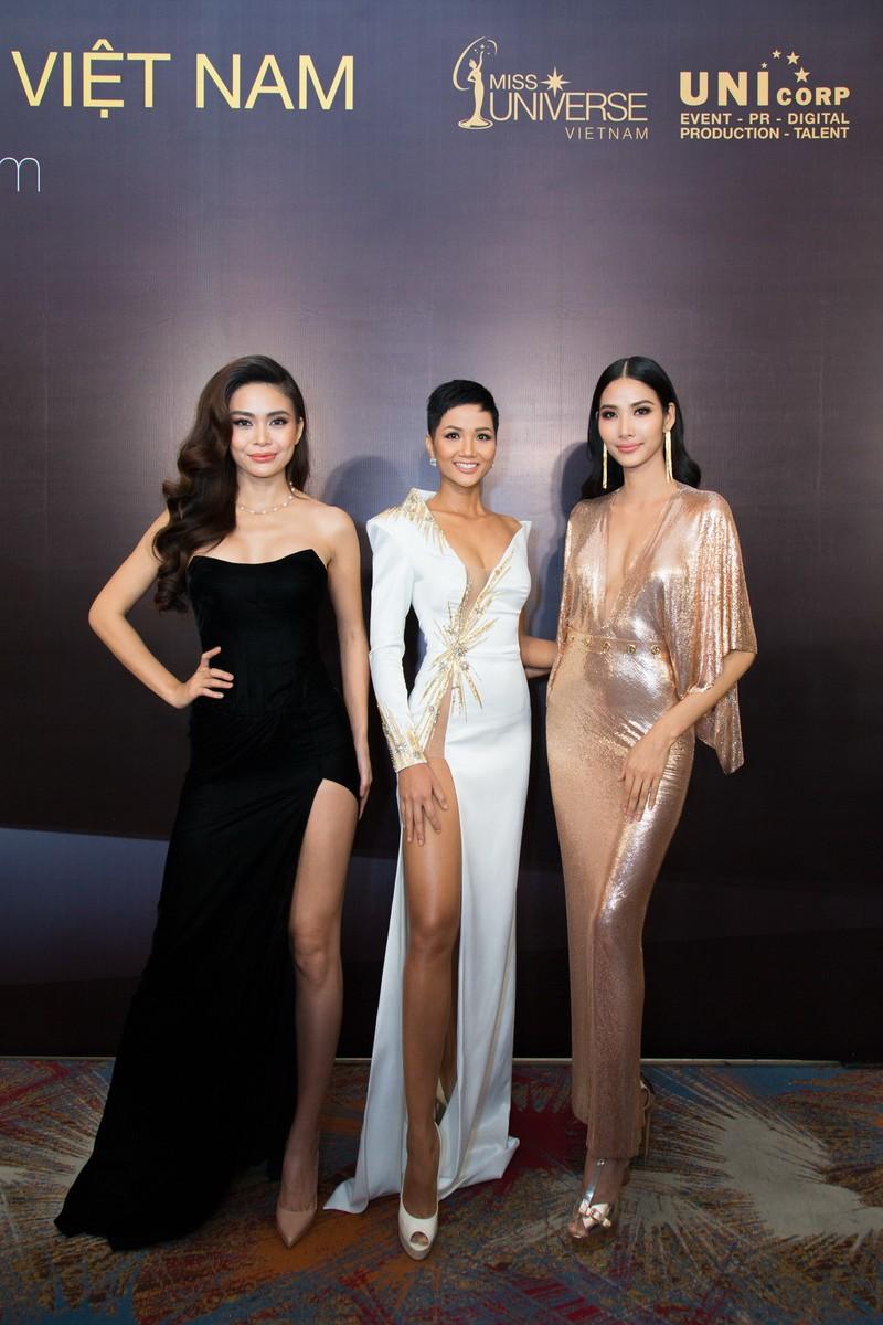 Hoa hậu H'Hen Niê trông gầy ốm làm nhiều người lo lắng - ảnh 9