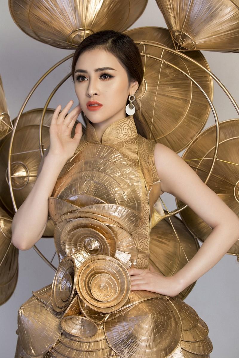 Người đẹp Việt mang nón lá 25kg thi hoa hậu du lịch sinh thái  - ảnh 2