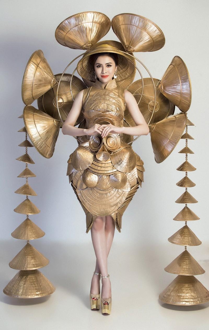Người đẹp Việt mang nón lá 25kg thi hoa hậu du lịch sinh thái  - ảnh 5