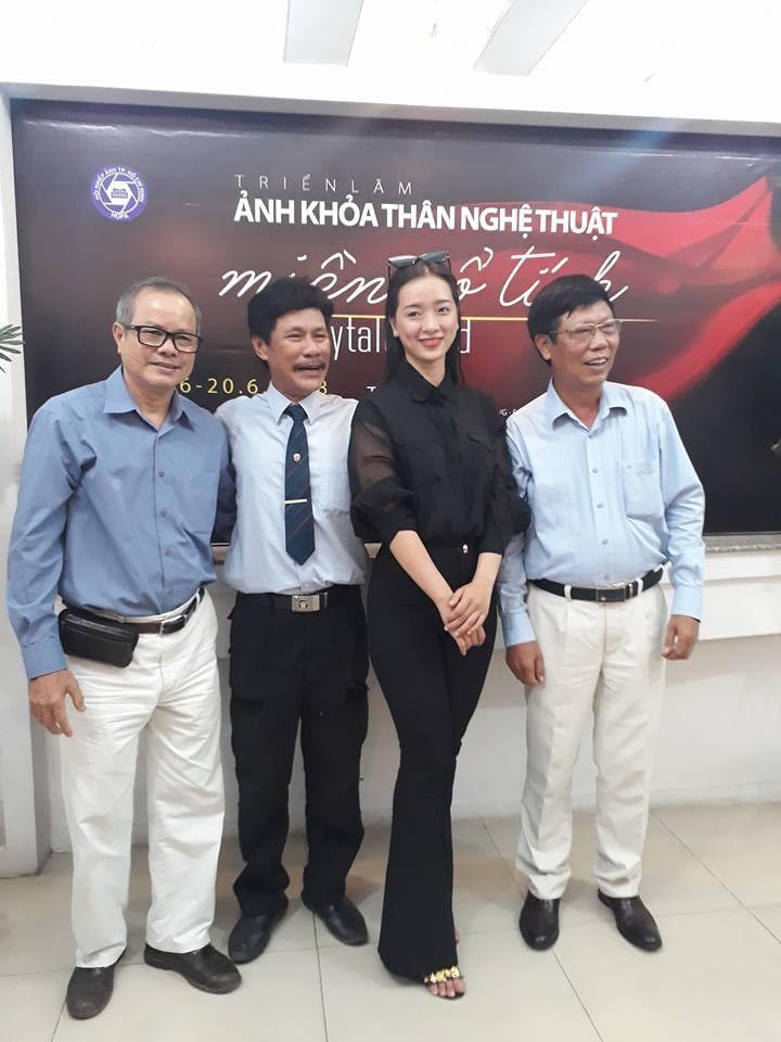 Cận cảnh triển lãm ảnh khỏa thân của nghệ sĩ Thái Phiên - ảnh 2