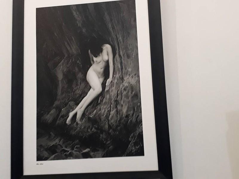 Cận cảnh triển lãm ảnh khỏa thân của nghệ sĩ Thái Phiên - ảnh 11