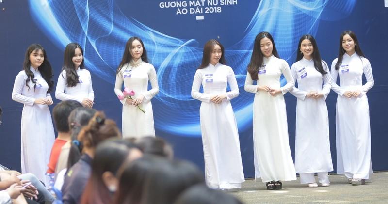 Ngắm vẻ đẹp 20 nữ sinh vào chung kết Nữ sinh áo dài - ảnh 4