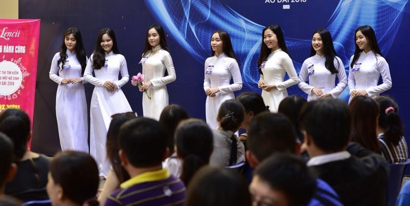 Ngắm vẻ đẹp 20 nữ sinh vào chung kết Nữ sinh áo dài - ảnh 7