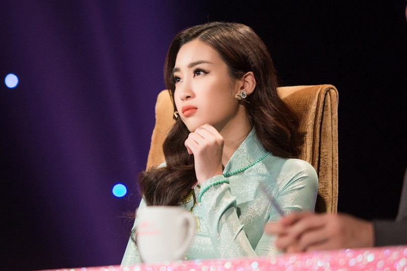 Người đẹp nhân ái Hoa hậu VN không khóc, không diễn sâu - ảnh 2