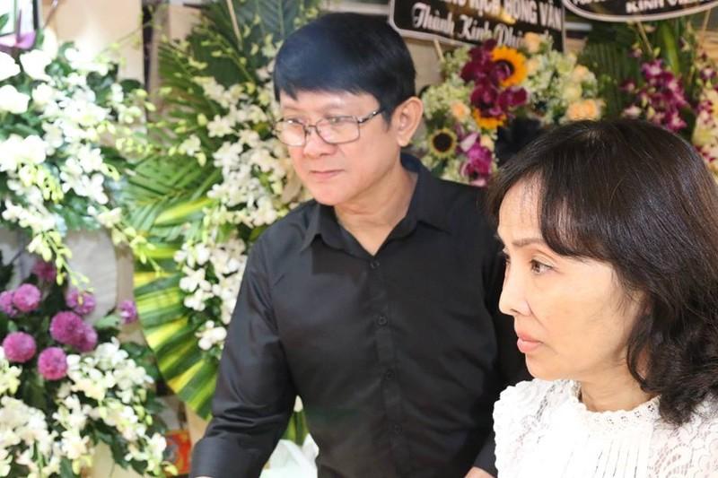 Đông đảo nghệ sĩ tiễn đưa nhiếp ảnh Minh Hoàng lần cuối - ảnh 11