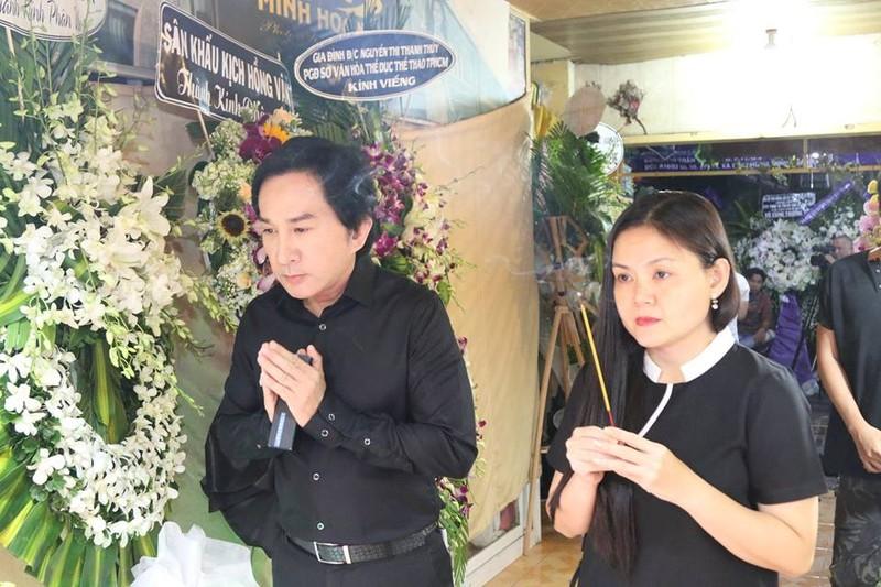 Đông đảo nghệ sĩ tiễn đưa nhiếp ảnh Minh Hoàng lần cuối - ảnh 2