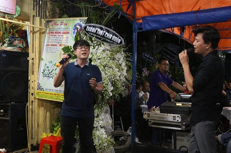 Đông đảo nghệ sĩ tiễn đưa nhiếp ảnh Minh Hoàng lần cuối - ảnh 15