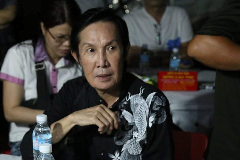 Đông đảo nghệ sĩ tiễn đưa nhiếp ảnh Minh Hoàng lần cuối - ảnh 1