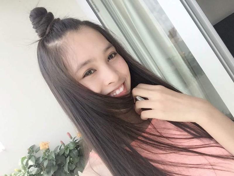 Ngắm mặt mộc xinh đẹp, đời thường của tân Hoa hậu 2018 - ảnh 3