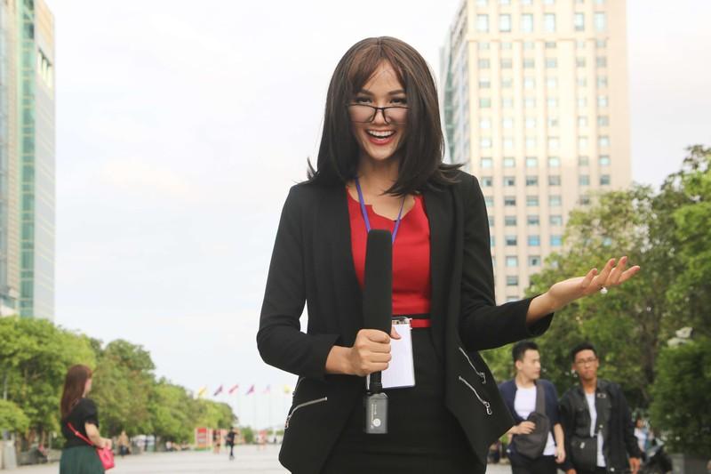 Khi Hoa hậu H'Hen Niê cải trang xuống phố - ảnh 6
